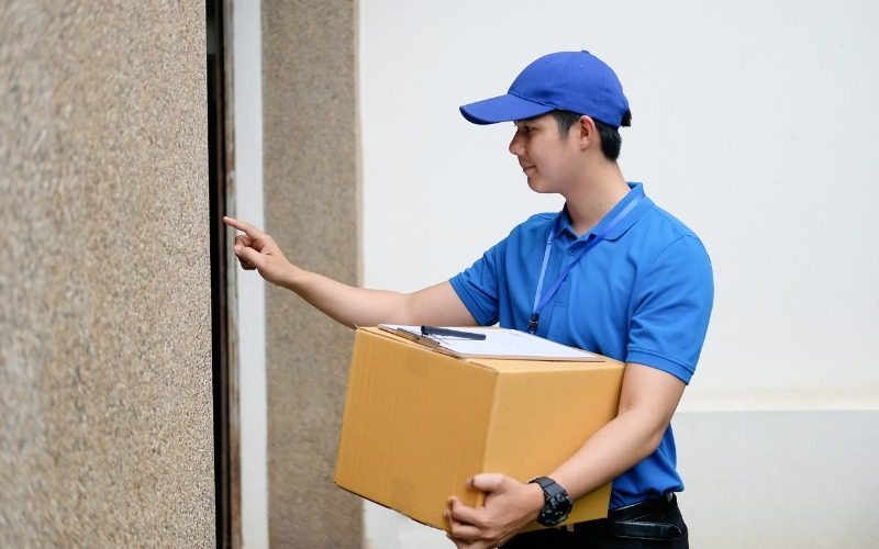 Express delivery operative