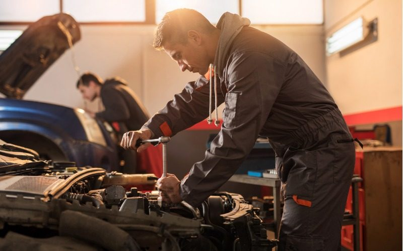 Motor vehicle service and maintenance technician