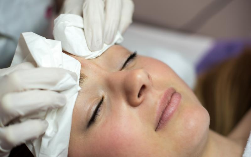 Advanced beauty therapist